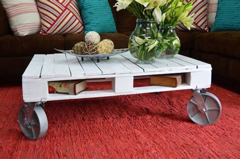 upcycling pallet table ideas   garden  living room