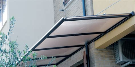 Tettoie Plexiglass Pensiline In Plexiglass Su Misura Profilati Alluminio