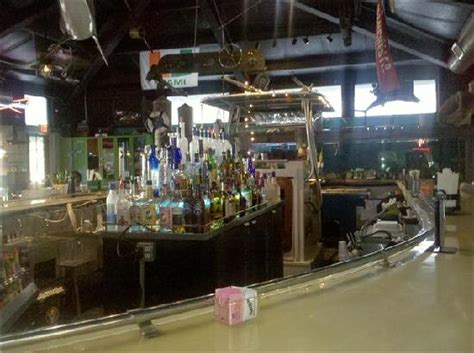 Boat Club Bar Tarpon Springs by Boat Bar Inside Picture Of Lagerheadz Tarpon Springs