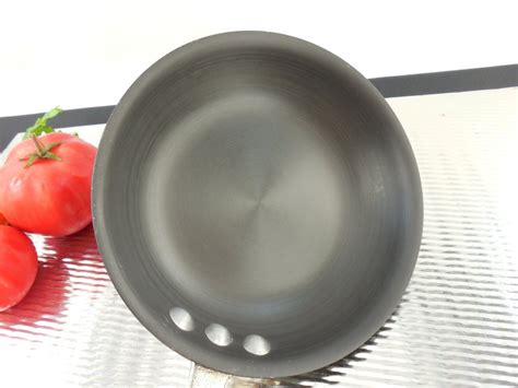 sold commercial cookware toledo calphalon aluminum skillet fry pan olde kitchen home