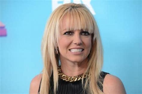 Britney Spears es más exitosa que Taylor Swift | Fusión 90 ...