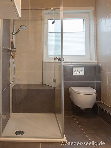 Kleines Badezimmer Ohne Fenster by Ebenerdige Dusche Mit Zwei T 252 Ren Wohnen In 2019