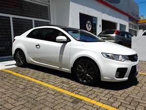 Kia Motors Cerato Koup 2 0 16v Aut  2012