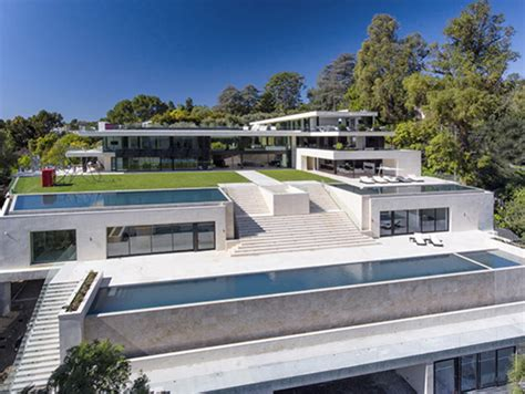 beyonc 233 and z just bid on this 120 million bel air mansion capital xtra