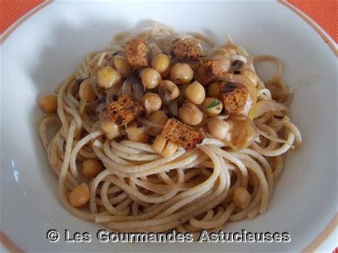 cuisiner les pois chiches les gourmandes astucieuses cuisine v 233 g 233 tarienne bio saine et gourmande faite maison sauce