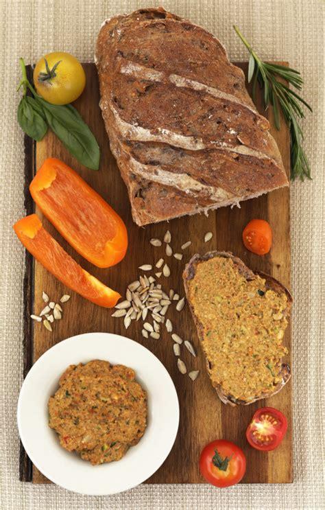 cuisiner le seitan gusta vegan charcuterie cheese factory indiegogo