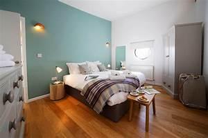 Wandgestaltung Für Jugendzimmer : blaue wandgestaltung bilder ideen couch ~ Markanthonyermac.com Haus und Dekorationen