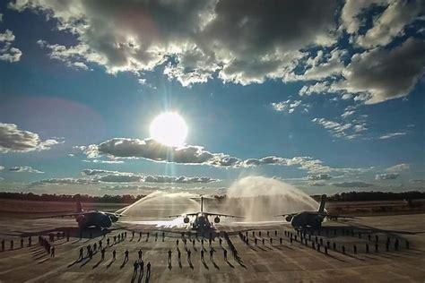 Embraer (EMBR3) entrega o terceiro KC-390 Millennium à ...