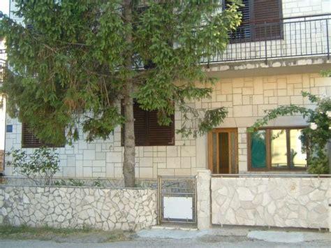 Appartamenti Lussino Croazia by Appartamenti E Alloggi Privati Economici Lo紂inj Nerezine