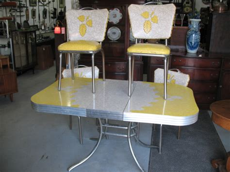 vintage table  chairs  chrome  formica