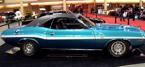 1970 Dodge Challenger 426 HEMI Special Edition   HOT CARS