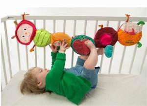 Spielzeug Für Baby 8 Monate : lilliputiens juliette raupe entdeckungsband aktivspielzeug ~ Watch28wear.com Haus und Dekorationen