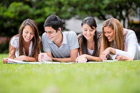 Beneficios de estudiar al aire libre - BLOG | UTEL
