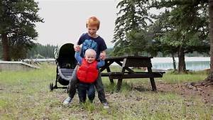 Erste Schritte Baby : erste schritte baby rf video 213 274 576 in hd framepool rightsmith stock footage ~ Orissabook.com Haus und Dekorationen