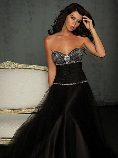 Diamante… questo è il nome che l'atelier di abiti da sposa a roma, gerardina spose, ha scelto per la sua nuova collezione! Vestiti da sera neri corti