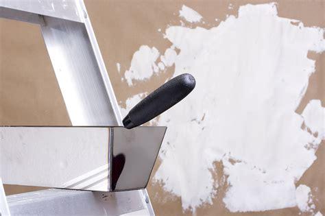 außenputz ausbessern material au 223 enputz preise material und nebenkosten beachten