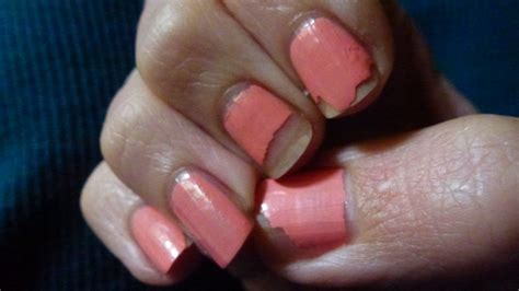 Fixing A Chipped Nail Polish
