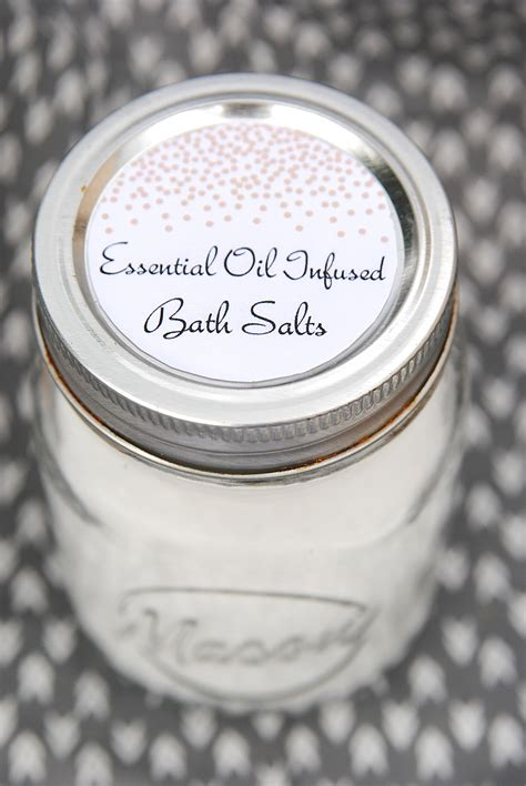 Diy Mother's Day Gift Idea (with Free Printable Labels