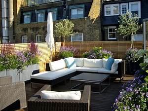 Terrassengestaltung Ideen Beispiele : eine dachterrasse gestalten neue fantastische ideen ~ Frokenaadalensverden.com Haus und Dekorationen