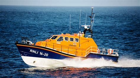 Rnli tamar class lifeboat rnli 2000 x 1125 · jpeg
