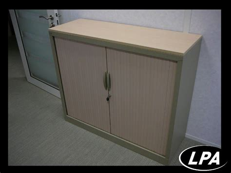 armoire basse m 233 tallique 224 rideaux armoire basse
