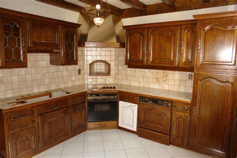 cuisine ancienne a renover renover escalier bois vernis myqto com