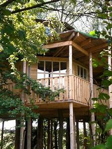 Die Schönsten Holzhäuser : die 24 sch nsten baumhaushotels in deutschland travelbook ~ Sanjose-hotels-ca.com Haus und Dekorationen