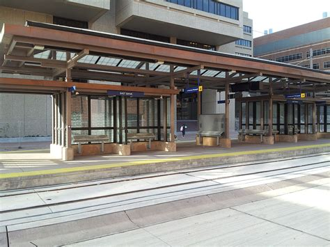 minneapolis light rail east bank station