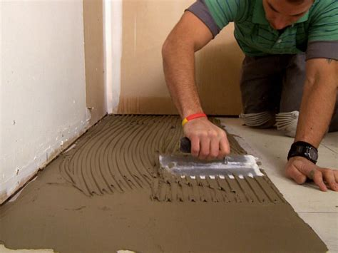 Carpet Laying Tool by How To Install A Plank Tile Floor How Tos Diy