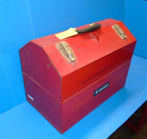 hey pinstripers  retro  school hip roof tool box