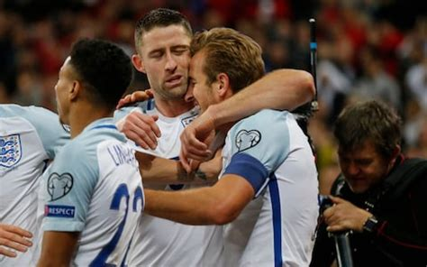 England players bidding to get fans on side for the World Cup