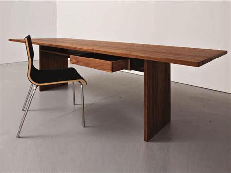 table bureau design table bureau en bois areal by sanktjohanser design