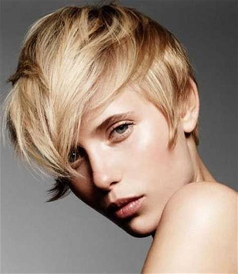 15 Latest and Modern Short Bobs Hairstyles   Hairstyles 2018