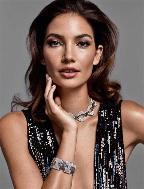 Lily Aldridge Wows Glamorous Looks For Donna