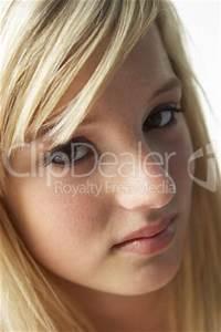 Schönes 10 Jähriges Mädchen : sch nes m dchen mit langen blonden haaren lizenzfreie bilder und fotos ~ Yasmunasinghe.com Haus und Dekorationen