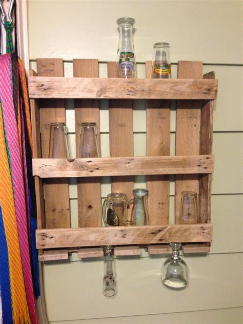 pallet beer glass shelf diy pinterest shelves