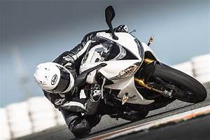 Motos Triumph S U00e3o Vitoriosas Em Duas Categorias Do Pr U00eamio