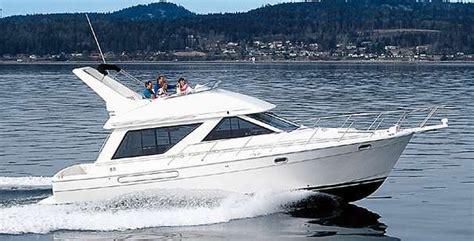 Boat Loans Vancouver Bc by 1995 Bayliner 3988 Command Bridge Motoryacht Power Boat