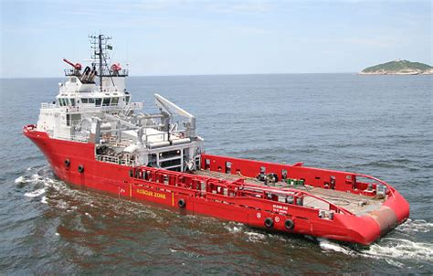 Tugboat Engineer Salary by Chief Engineer On Ahts