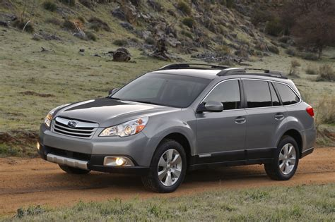 older subaru outback 2013 subaru outback car wallpaper