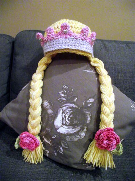 wonderful diy crochet sweet newborn crown
