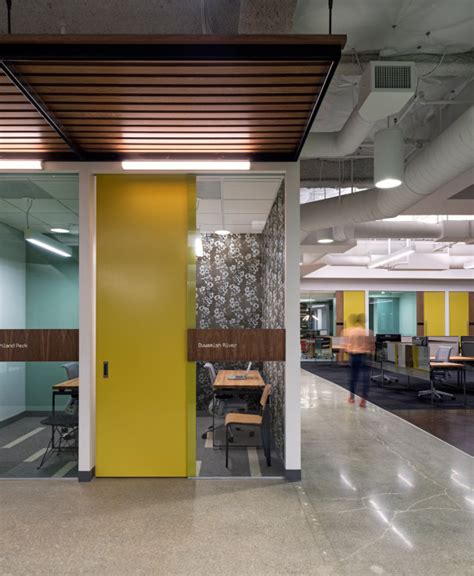 A Creative Office Space for a Creative Company in main