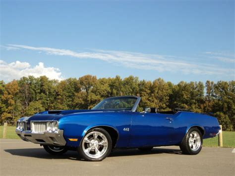 oldsmobile cutlass convertible 1970 blue for sale