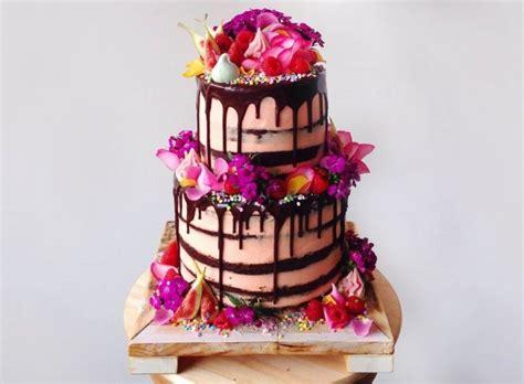 torten verzieren mit spritzbeutel zweist 246 ckige torte mit schokolade und blumen verzieren kuchen cupcake in 2019