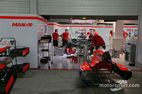 Mäuse Garage by The Manor Marussia F1 Team Pit Garages At At Japanese Gp