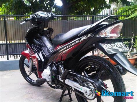 Modifikasi Jupiter Mx Hitam Merah by Yamaha Jupiter Mx Cw 2010 Kopling Merah Hitam Motor