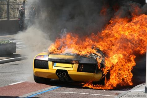 Wth Lamborghini Full Of Flames On Roadside! Imagine