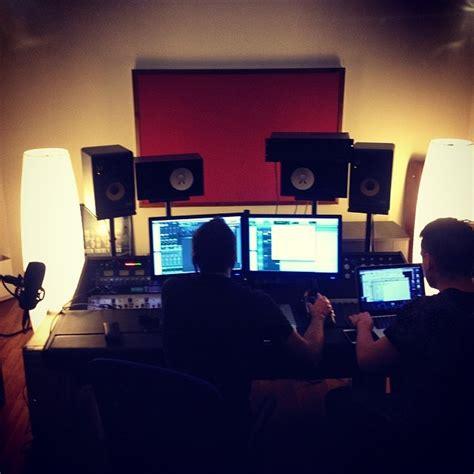 coez non erano fiori coez torna in studio per lavorare ad un nuovo album