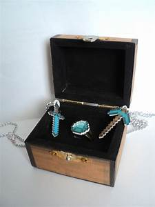minecraft chest ring box with diamond ringpickaxe and With how to make a wedding ring in minecraft