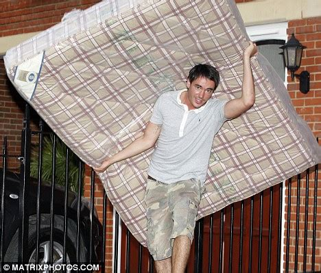 how to move mattress jack tweed springs into action as he moves his mattress and belongings into new bachelor pad